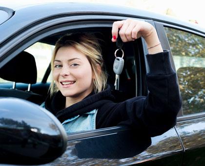 ავტომანქანის მართვის პრაქტიკული გაკვეთილები მექანიკაზე ან ავტომატიკაზე «გლდანის ავტოსკოლაში»